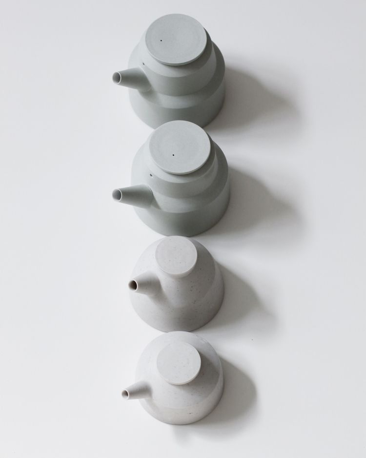 Tests teapots - elliottceramics | ello