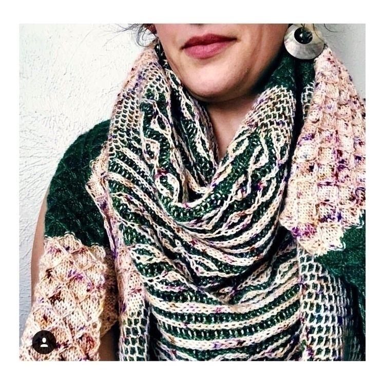 Loving brioche knitted shawl Sw - swift_yarns | ello
