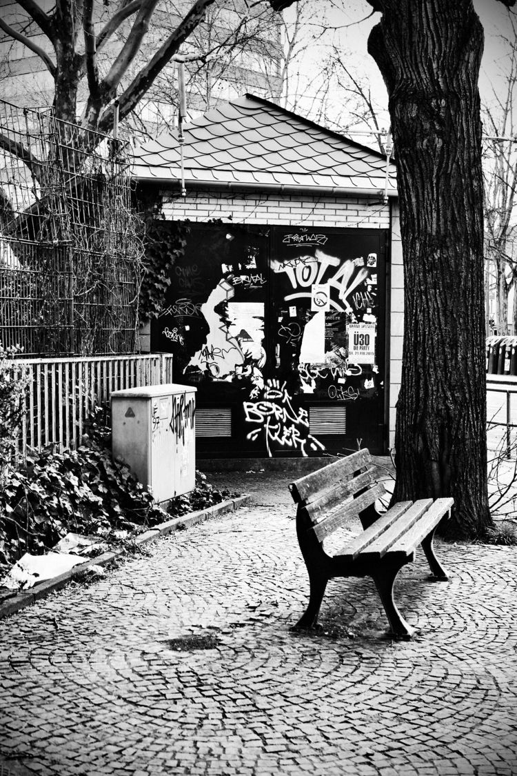 Bench - photography, blackandwhitephotography - borisholtz | ello