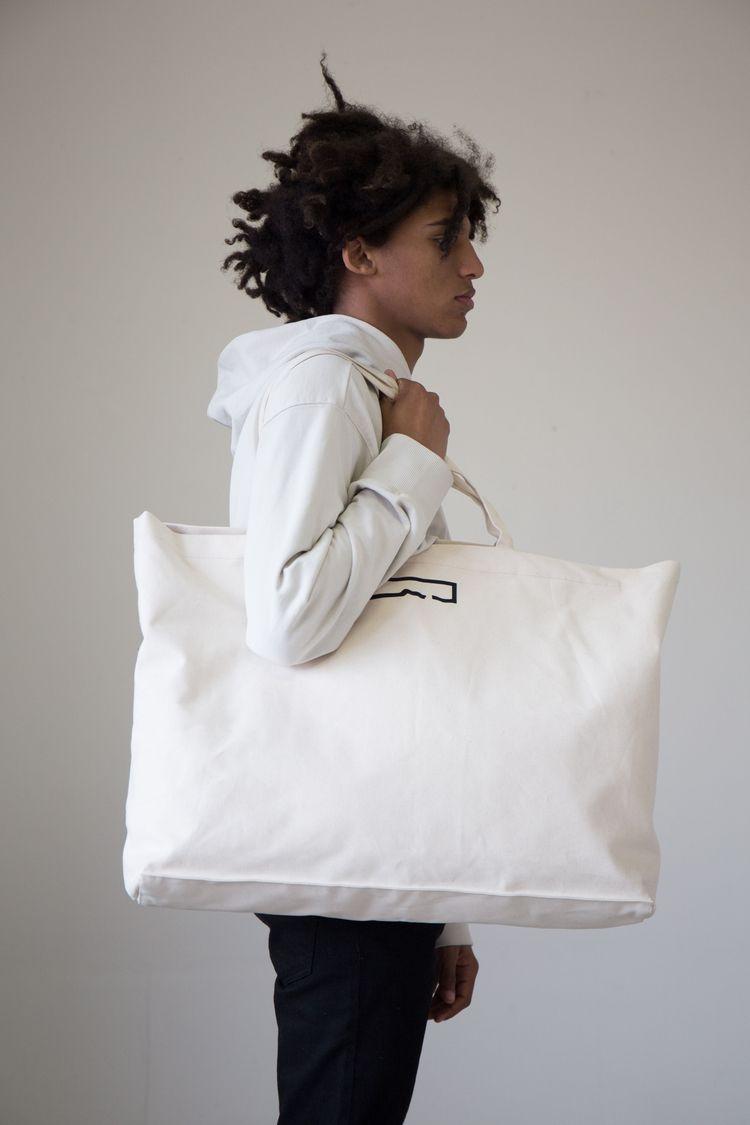 XL ideal weekend travel bag. co - paktastudio | ello