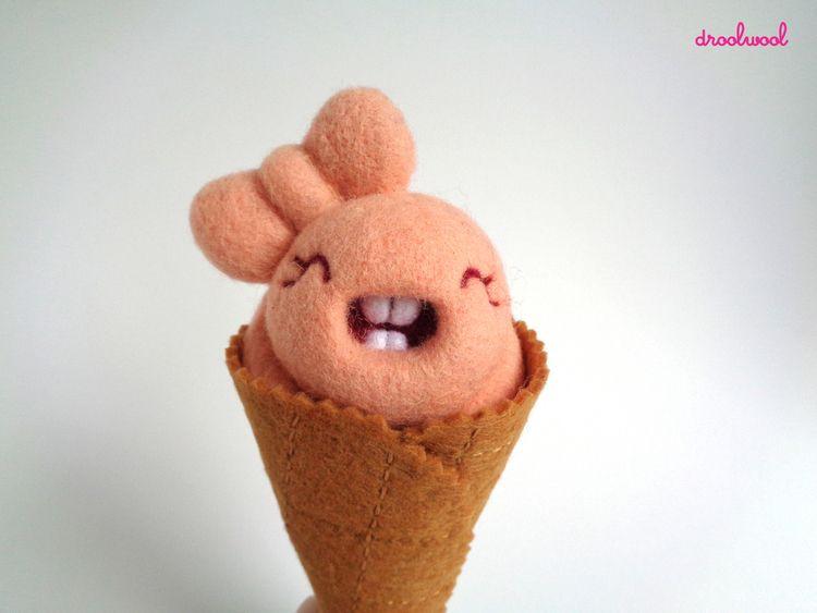 cute Scoopsie Fig bow?...  - droolwool - droolwool   ello