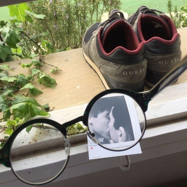 Playing glasses - photography, original - mikimartii | ello