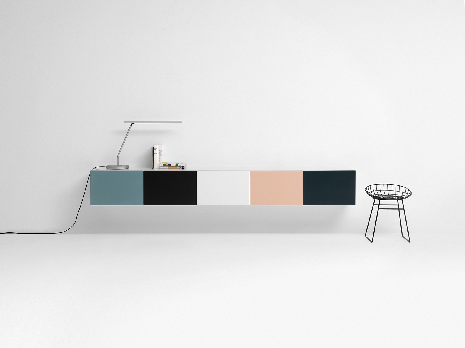Originally designed Cees Braakm - minimalissimo | ello