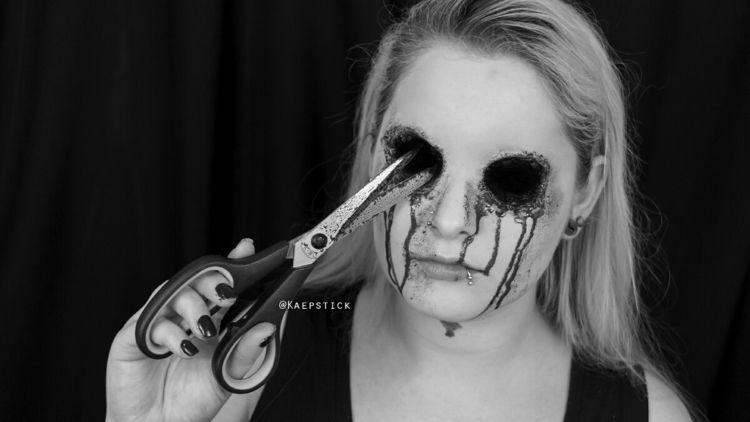 Ripped eyes sfx makeup. Origina - kaepstick   ello