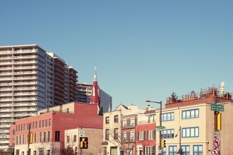 """City"" Philadelphia, 2018 - urbanphotography - patriciadaviesboyce   ello"