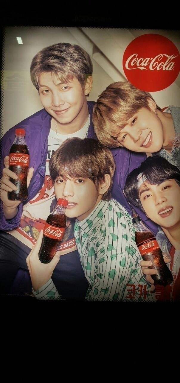 [ Fotos BTS para Coca-Cola ] Cr - shinetaehyung | ello