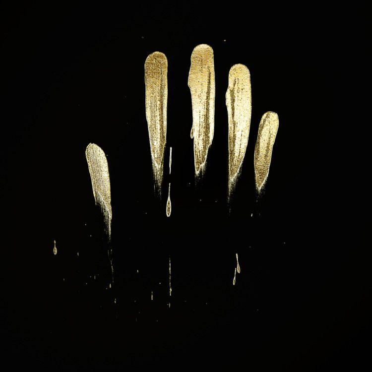 Hand Gold Paint - 3D, digital, render - z3rogravity | ello