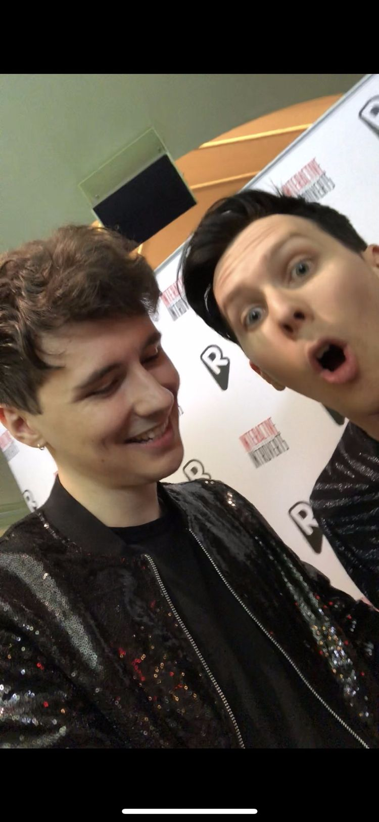 Hope day Dan Phil, love fucking - oyaoyaphilip | ello
