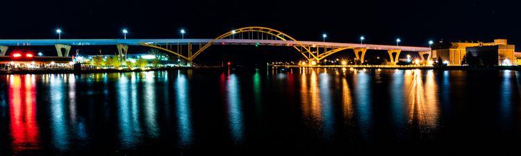 Daniel Hoan Memorial Bridge - sharkypics | ello