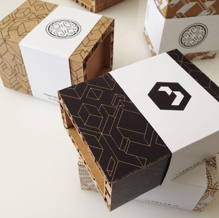 B03.17 KK / V03 Serie di cofane - itemlab_designstudio | ello