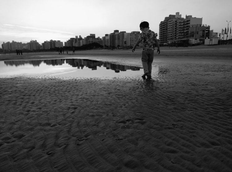 calm innocence - kids, beach, minimal - fedodes | ello