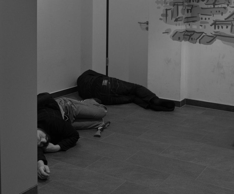 Criminals duty.. Sleeping foyer - thanospal | ello