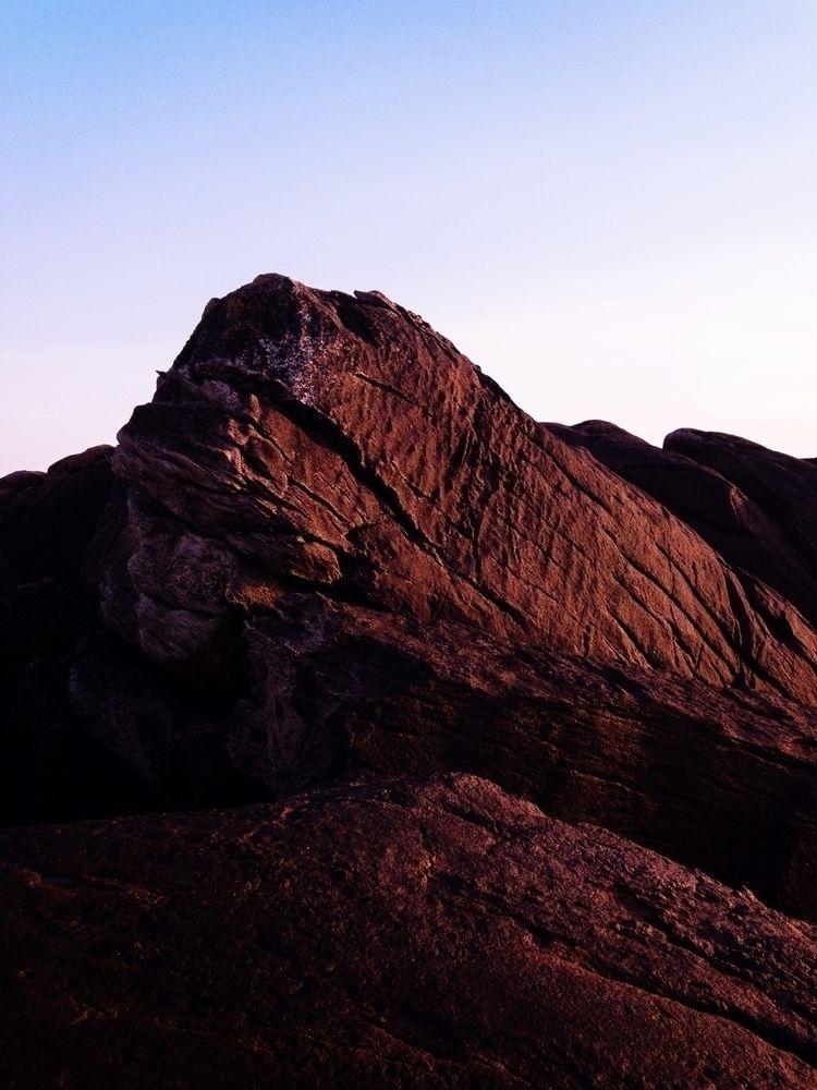 rock, texture, gradient, sunset - oliviermorisse | ello