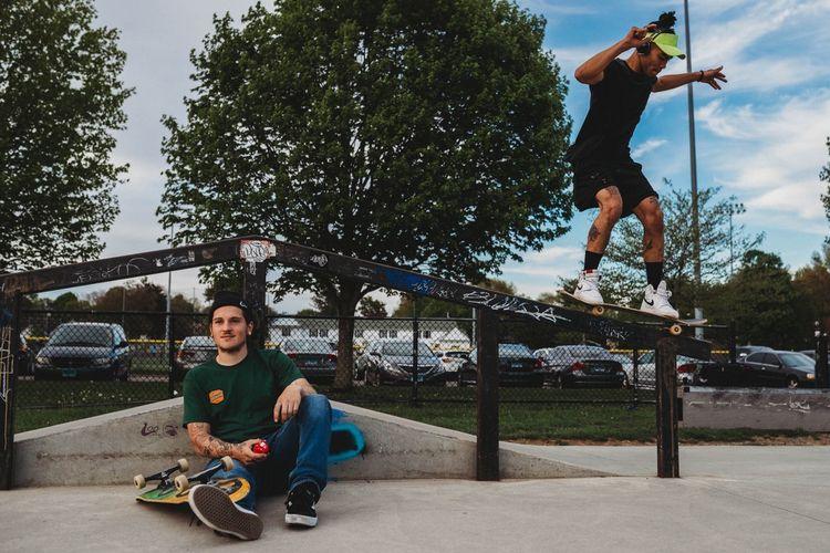LooWAX SLIDE - Skateboarding, snapshot - scumlion | ello