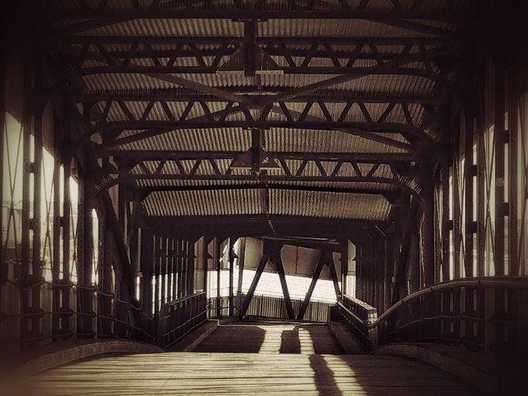 Covered bridge 2, Hamburg - architecture - c_wal | ello