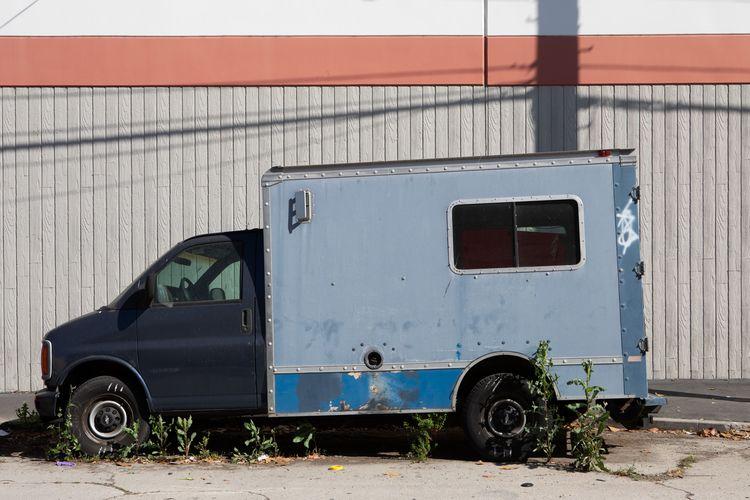 Parked Van, Fierro St, Glassell - odouglas | ello