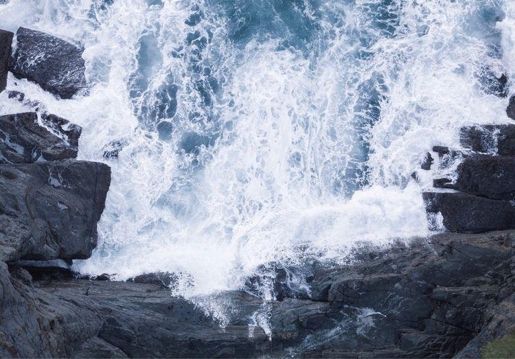 Newcastle, NSW, Australia - waves - clark_brinkley | ello