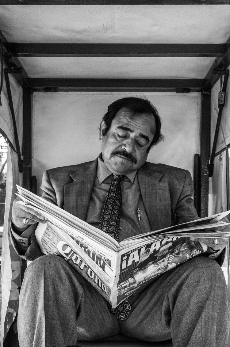 candid portrait Mexico City. fa - trovatten | ello