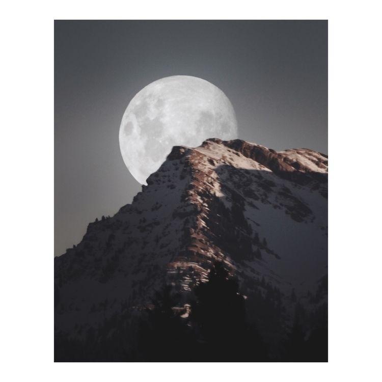 howling moon - affinityphoto, photography - kaai | ello