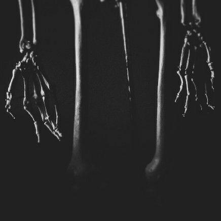 Sie können diese Hände bekommen - on_mars | ello