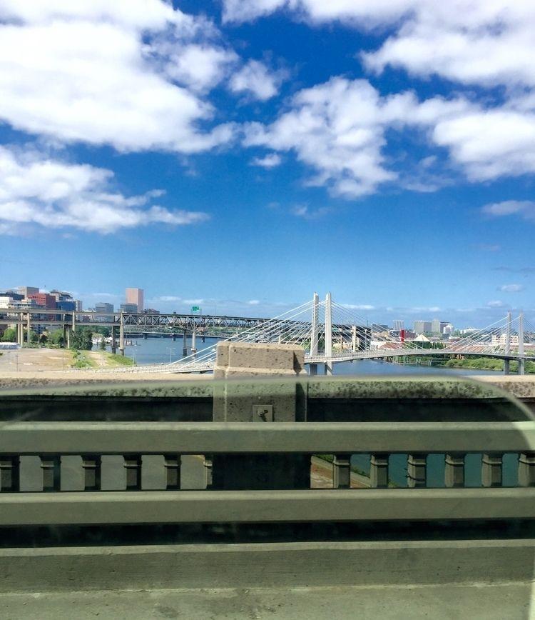 Portland, Beaverton - loreanne | ello