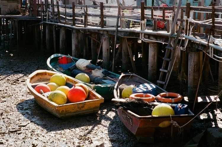 Colourfully stranded - ishootfilm - dennis_ycw | ello