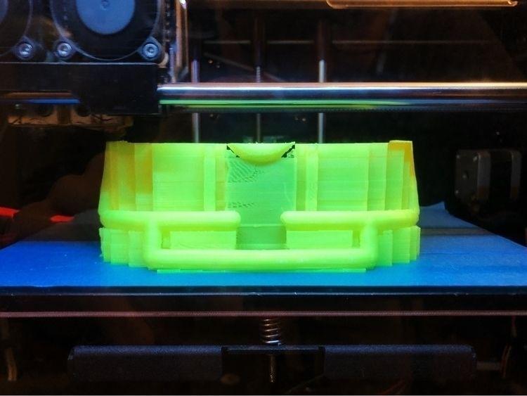 HMD print progress - madeinvr, madeinvirtualreality - lucian | ello
