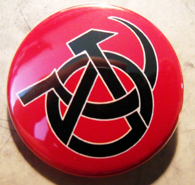 ANARCHOCOMMIE - HS pinback butt - crizzlesbuttons | ello