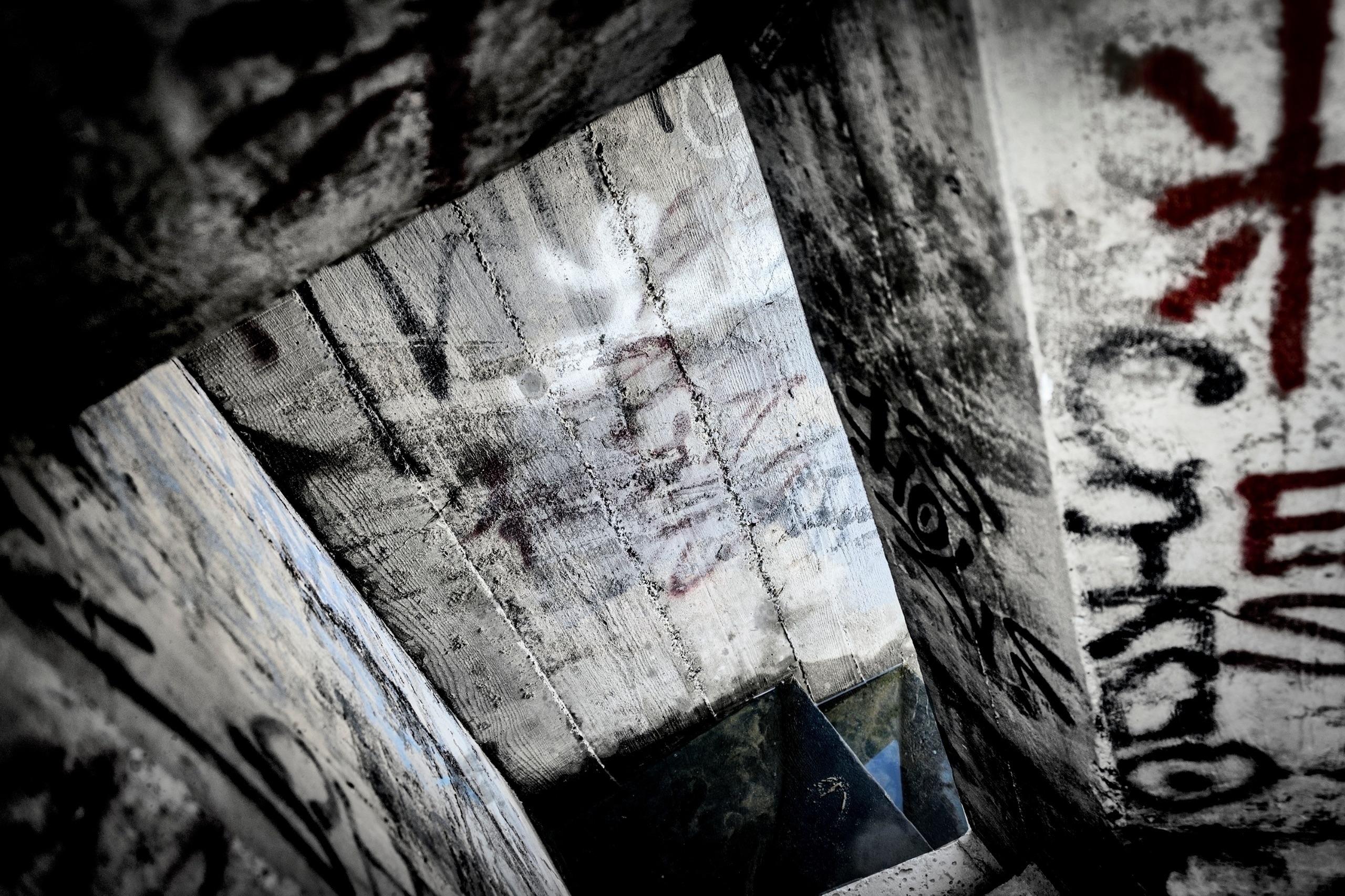 Private Hermann lived bunker mo - philippe_schoen | ello