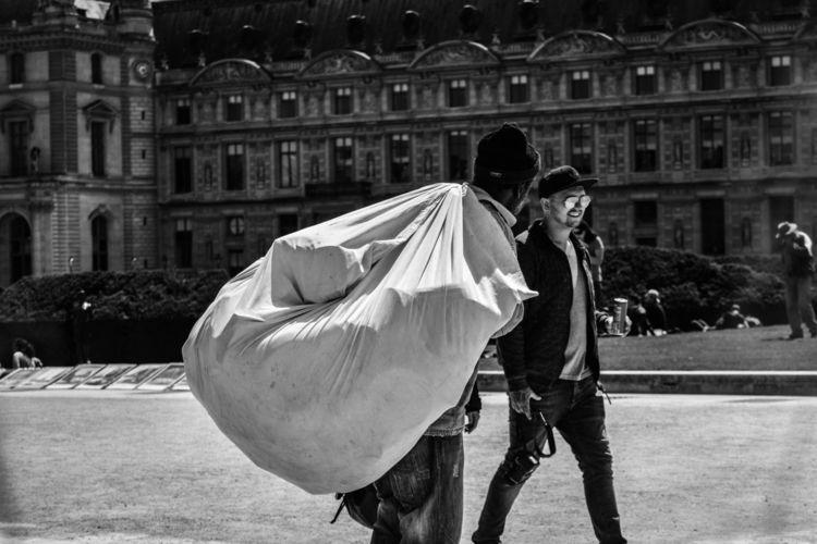 Homeless - paris, man, blackandwhite - glauke_w_ | ello