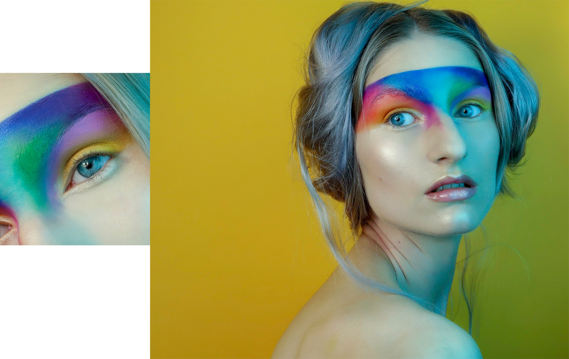 Obraz przedstawia kobietę w kolorowym makijażu, kobieta ma rozchylone usta i siwe włosy. Po lewej stronie widzimy zbliżenie na oko kobiety.