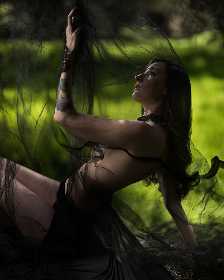 """Fate Curiosity"" — Photographer - darkbeautymag | ello"
