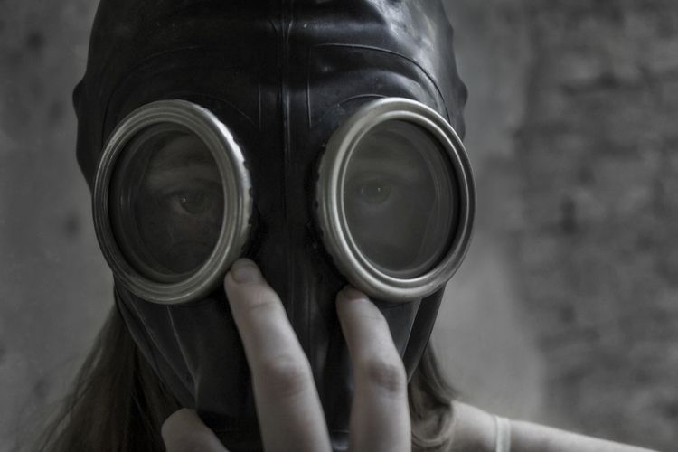 Modeling - photography, girl, gasmask - dead_splicer | ello