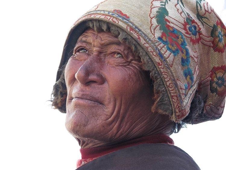 Tibet. Manigango - photography, portrait - jonlanbroa | ello