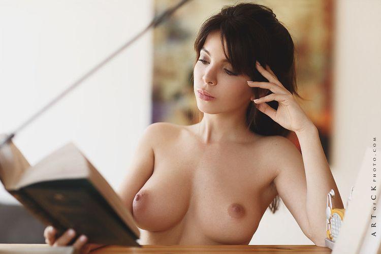 brunette, book, reading, tits - ukimalefu   ello