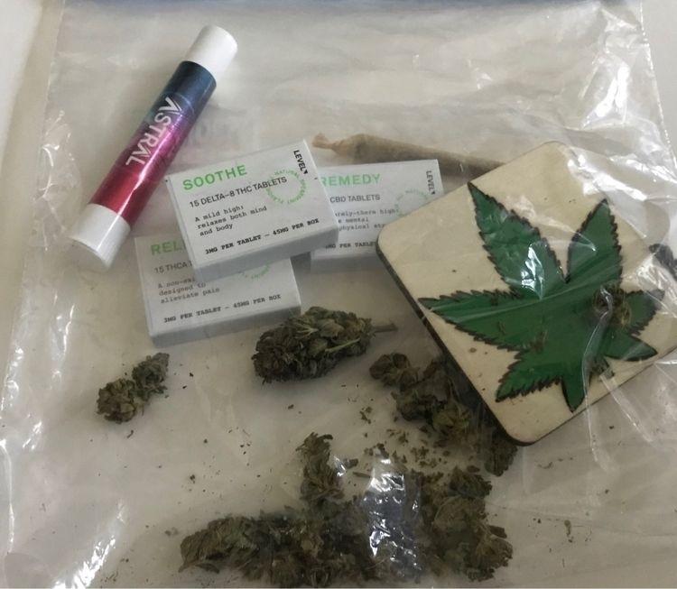 Emergency Travel Bag - cannabis - ellocannabis | ello