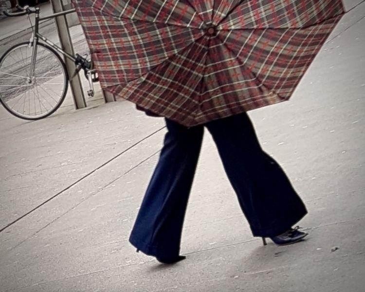 | Umbrella Rue du Marché, Genev - ziolele | ello