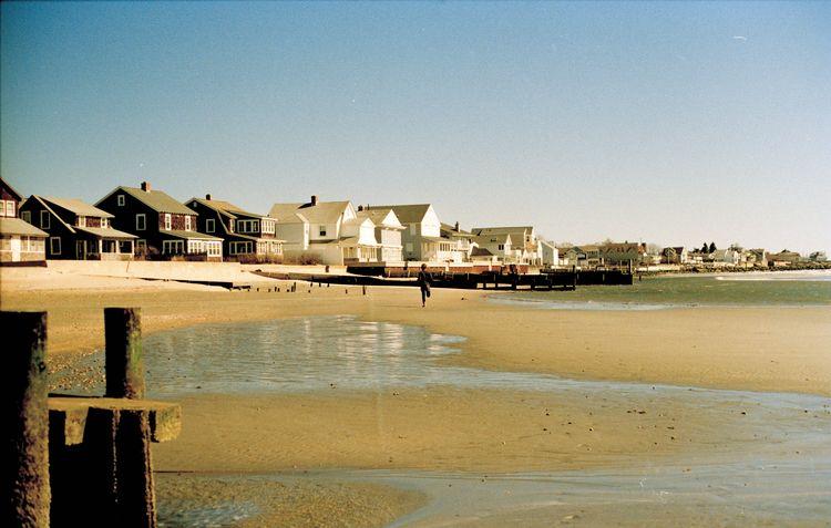 thinking beaches salty air home - max_pollak43 | ello