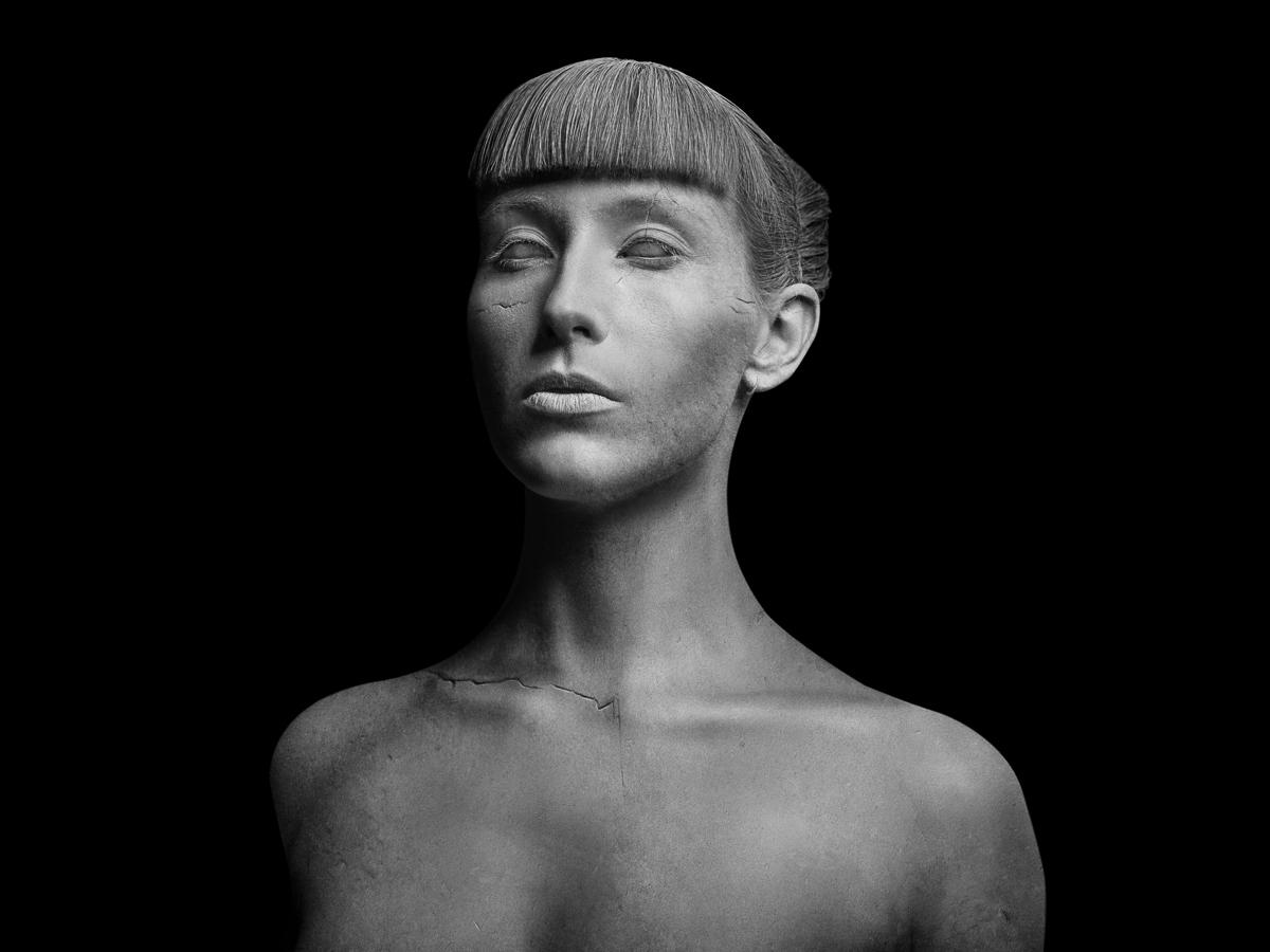 Photographer: Jochen Heyd Makeu - darkbeautymag | ello