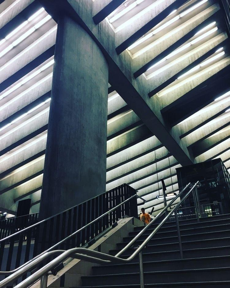 Montreal Subway - sophieschwartz | ello