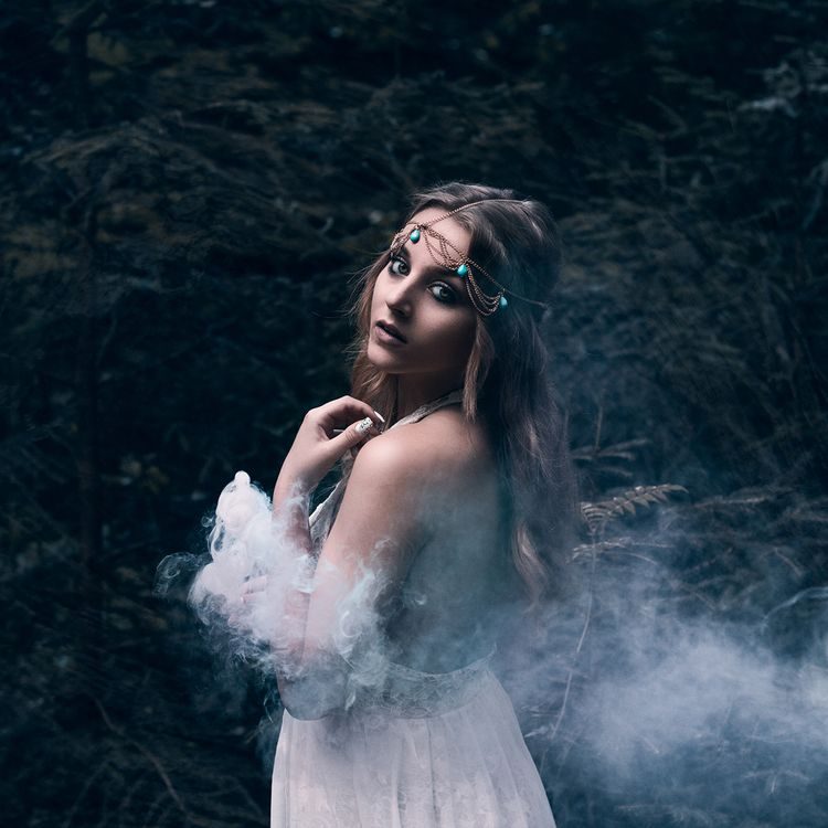 Photographer: Lia Konrad - Lian - darkbeautymag | ello