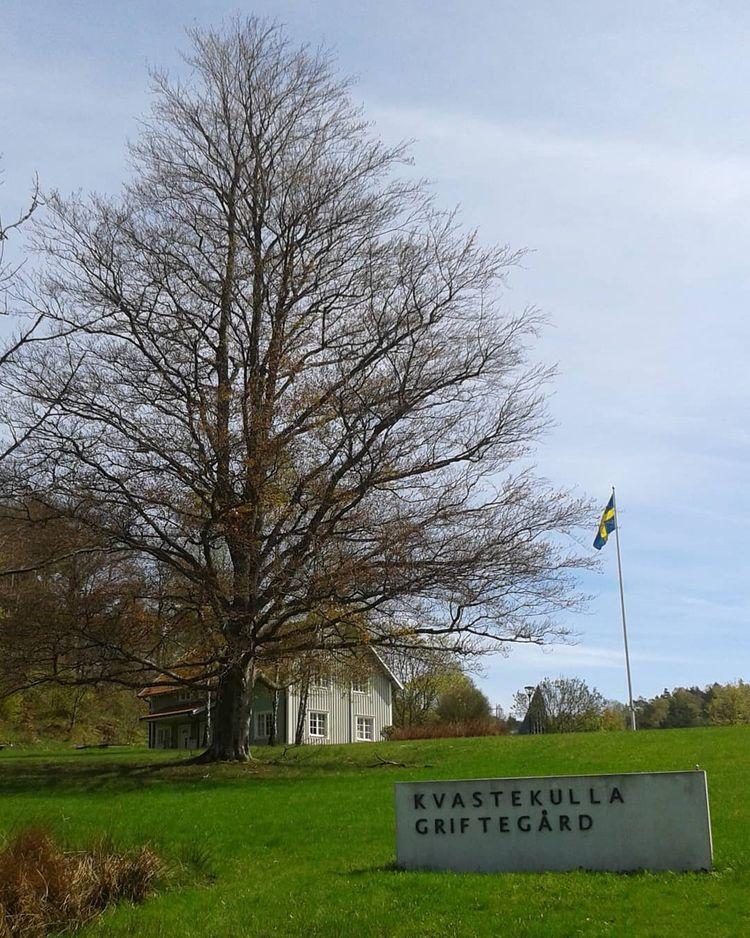 Flaggan topp ock fantastiskt vä - skogskyrkogardar | ello