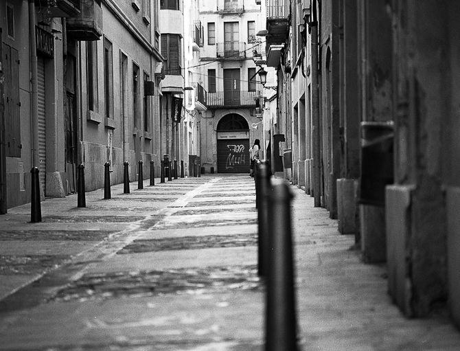 Streetphoto, bw, Tarragona, analogphoto - peterhphotography   ello