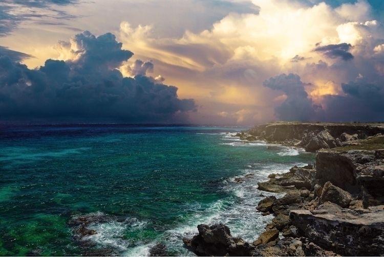 Isla Mujeres, Mexico - vacation - langleyseye | ello