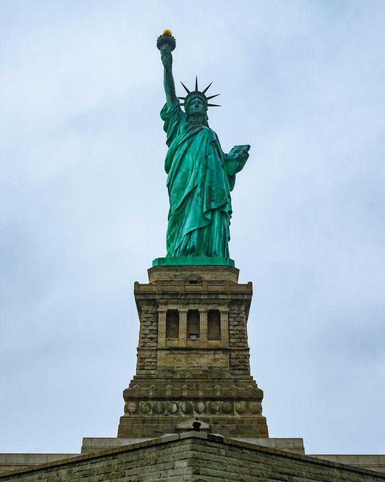 StatueofLiberty, NewYork - cnhphoto | ello
