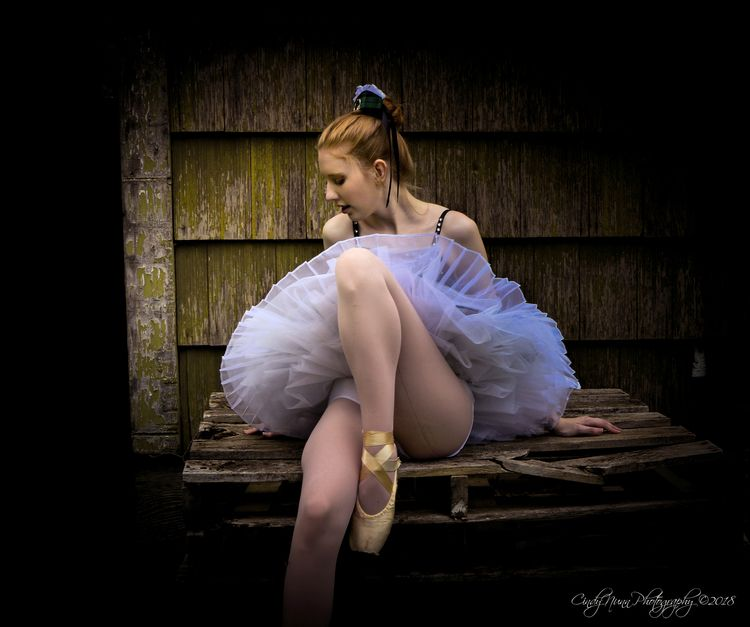 Backwoods Ballerina series. cre - cindynunn11   ello