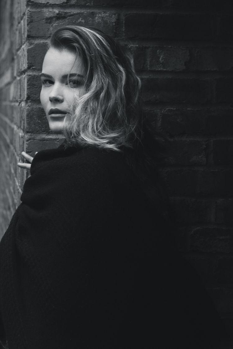 Sofia Lungu, photographed Montr - iangarrickmason | ello
