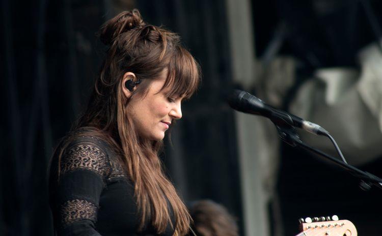 Julia Stone, concert en plein a - gclavet | ello