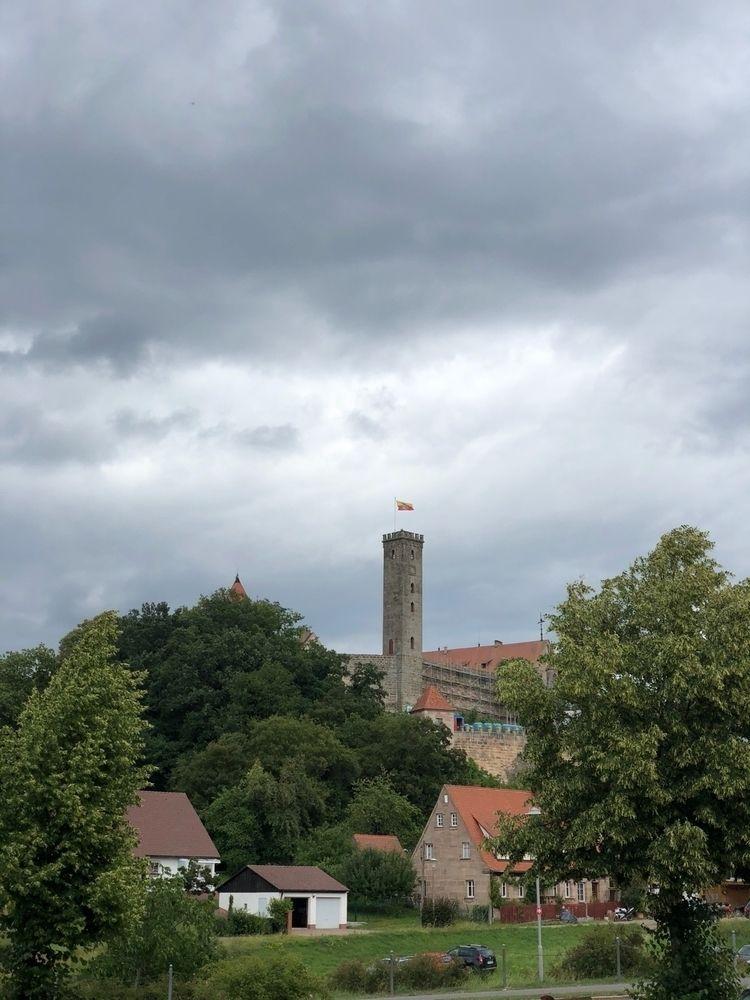 Burg Abenberg - Feuertanz Festi - sternenacht | ello
