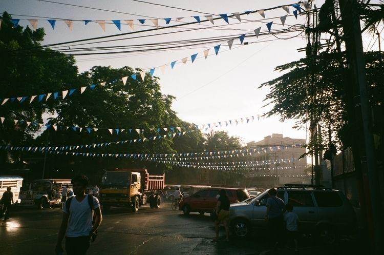 Golden hour Manila Fujifilm C20 - stannis | ello